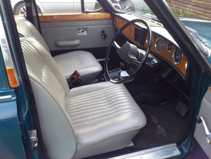 1973 Triumph 2000 interior