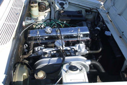 1969 Mark II Triumph 2000 engine bay